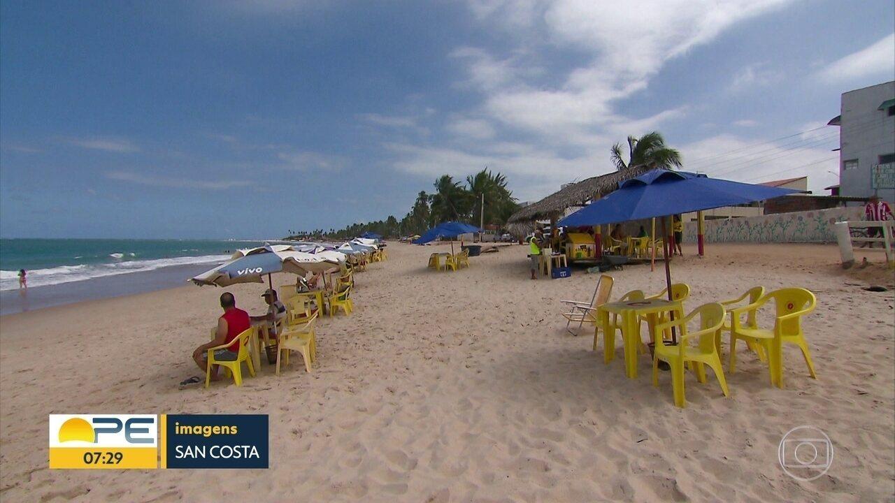 Presença de óleo nas praias de Pernambuco afasta turistas