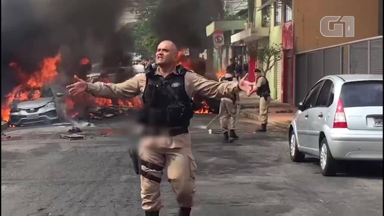 Aeronave cai no bairro Caiçara, em Belo Horizonte; carros são incendiados