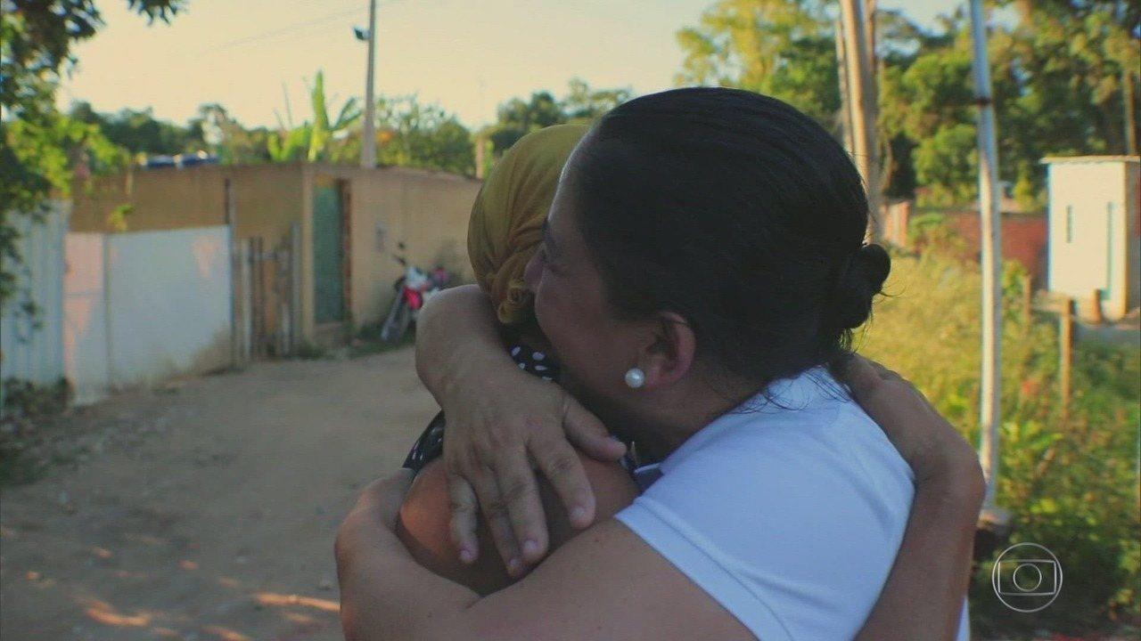 Globo Repórter - 25/10/2019 - Com apresentação de Glória Maria e Sandra Annenberg, o programa hoje fala da busca pela felicidade, que pode estar em objetivos, exercícios ou até em uma matéria de faculdade.