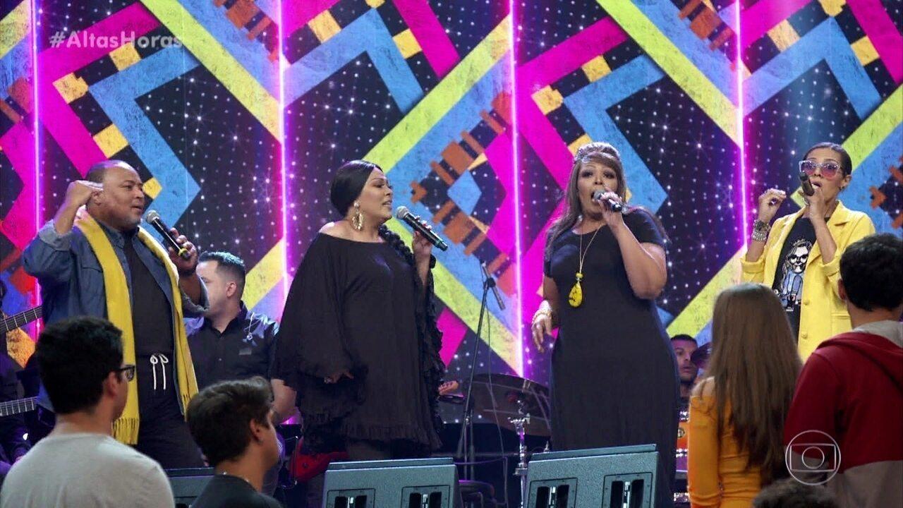 Fat Family canta 'Jeito Sexy'