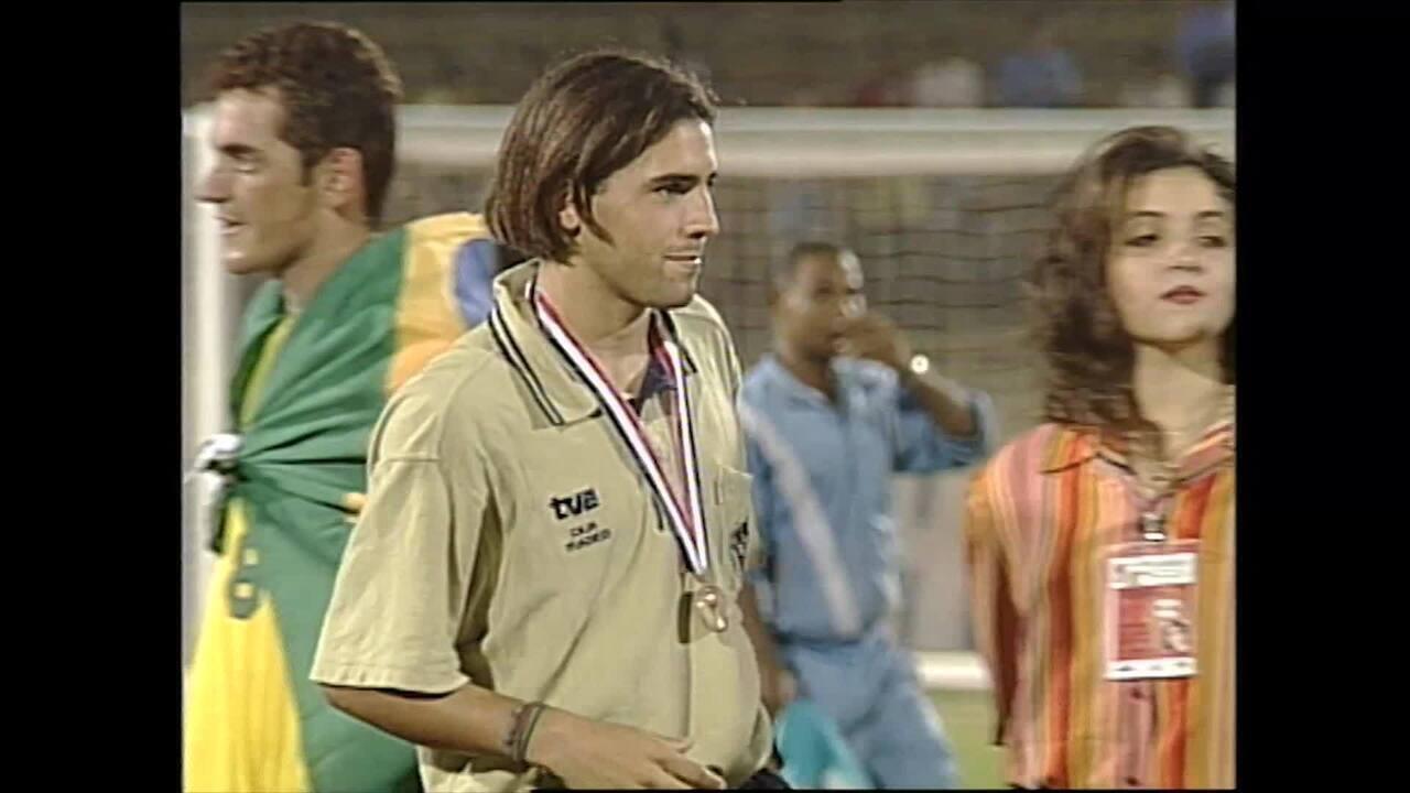 Veja os gols do espanhol Sergio Santamaría, Bola de Ouro do Mundial Sub-17 em 1997