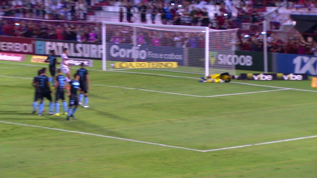 Melhores momentos: Atlético-GO 2 x 1 Londrina pela 33ª rodada do Brasileiro Série B