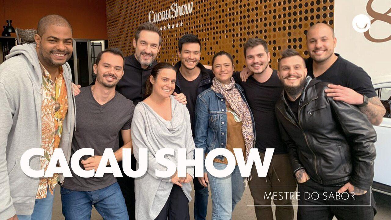 Time vencedor visita a fábrica da Cacau Show