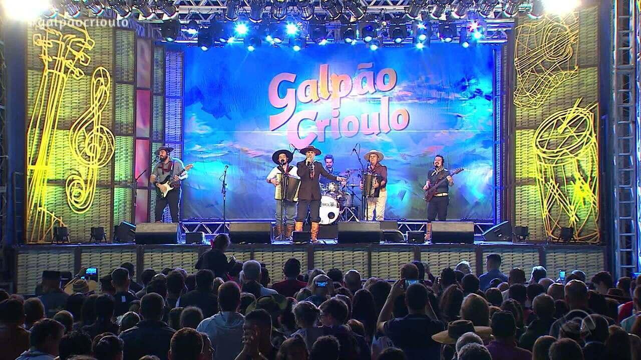 Reveja o primeiro bloco do Galpão Crioulo deste domingo (10)