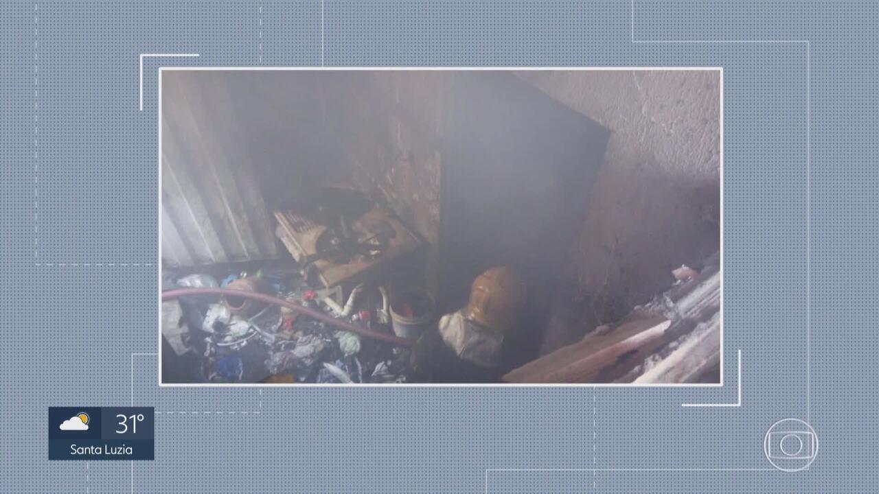 Incêndio destrói parte de barracão no bairro Eldorado, em Contagem