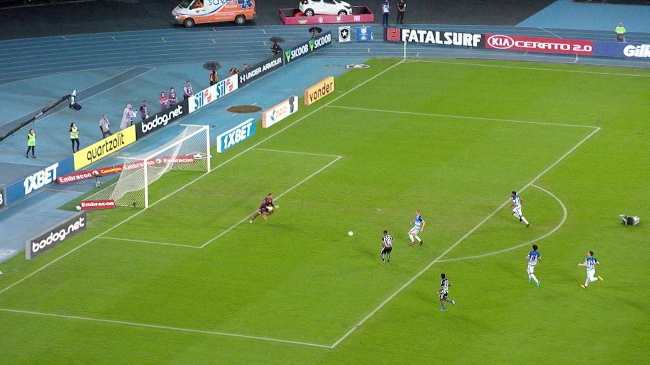 Melhores momentos de Botafogo 2 x 0 Avaí pela 32ª rodada do Campeonato Brasileiro
