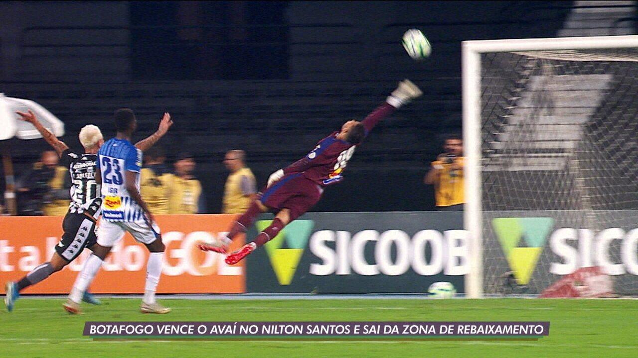 Botafogo vence o Avaí e sai da zona de rebaixamento