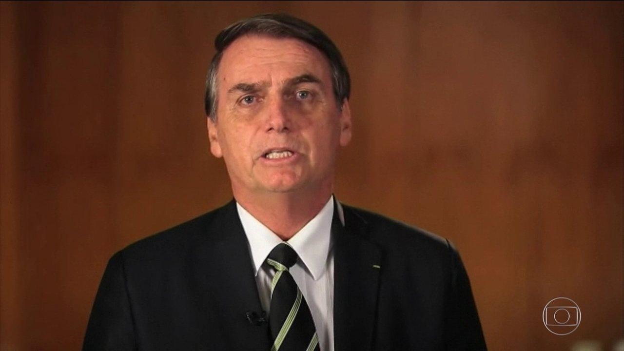 Bolsonaro anuncia saída do PSL e diz que vai criar novo partido