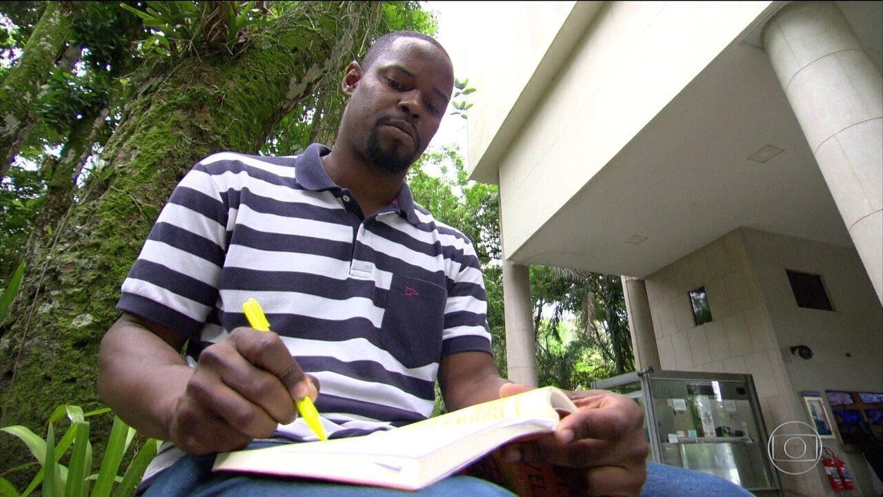 Pela primeira vez, negros são maioria nas universidades públicas, diz IBGE