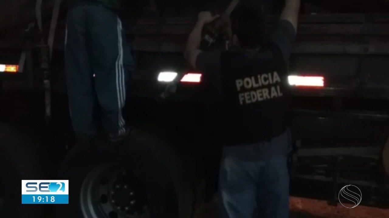 Caminhoneiro é preso em rodovia estadual transportando 60 kg de maconha e 1 kg cocaína