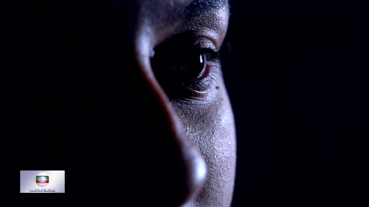 Globo Comunidade DF - Edição de 01/12/2019 - Saiba como identificar a violência como a mulher. Relacionamentos abusivos podem ser disfarçados de cuidado. Veja como é o atendimento a vítimas de agressão doméstica em delegacias e hospitais.