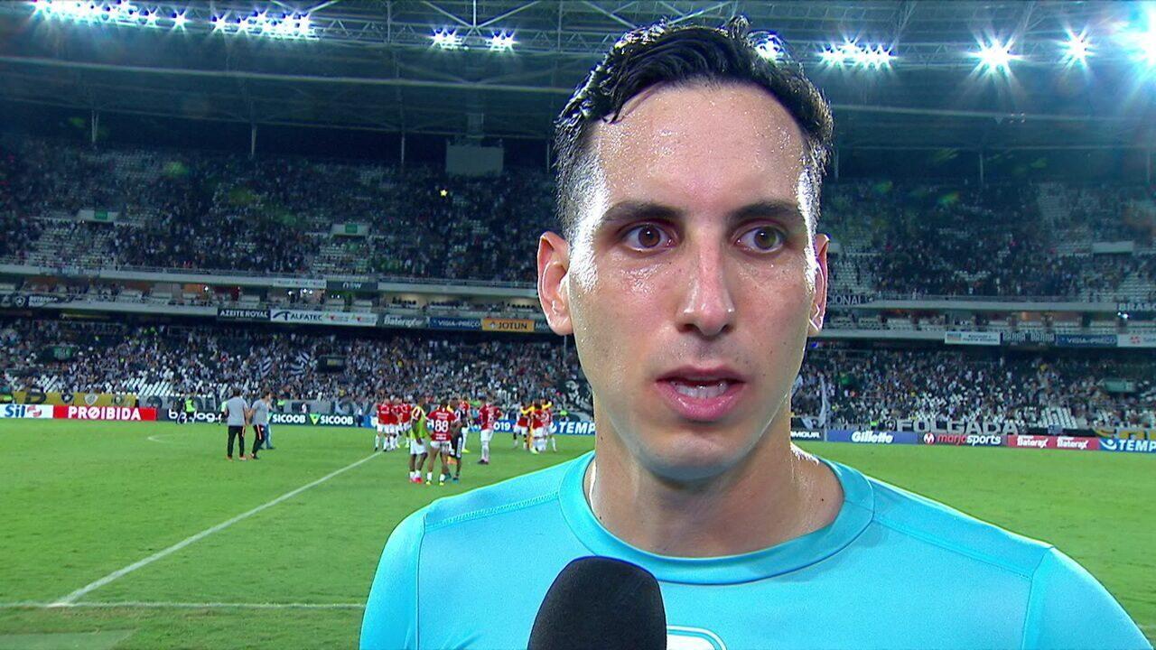 """""""Foi erro meu"""", diz Gatito na falha do gol que originou a vitória do Inter"""