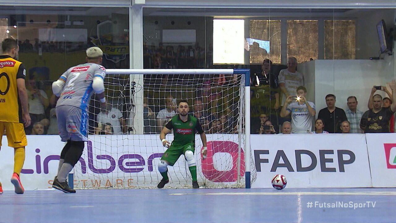 Os gols de Pato Futsal 3 x 2 Sorocaba pela final da Liga Nacional de Futsal