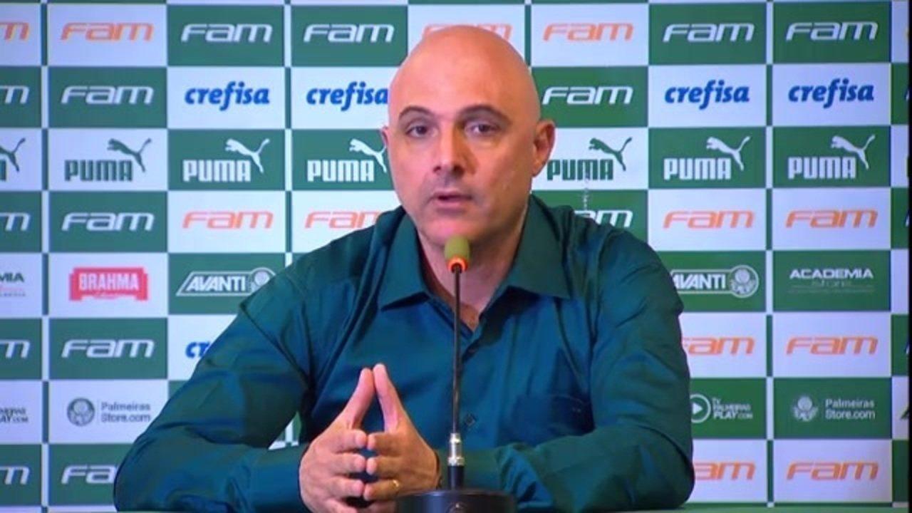 Presidente do Palmeiras, Mauricio Galiotte explica demissão de Mano e Mattos