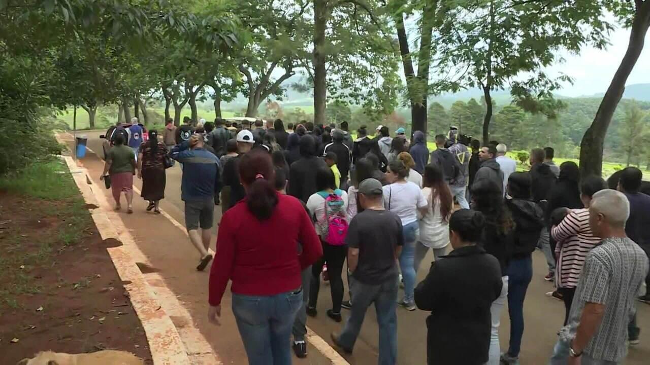Parentes se despedem de vítimas da tragédia em Paraisópolis