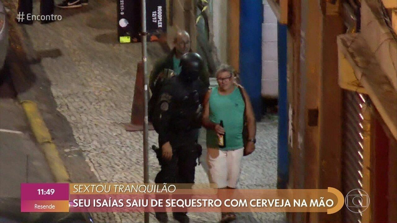 Isaías explica cerveja na mão ao ser libertado de sequestro no Rio de Janeiro