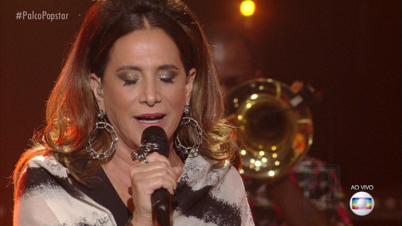Totia Meireles canta ´O tempo não para`