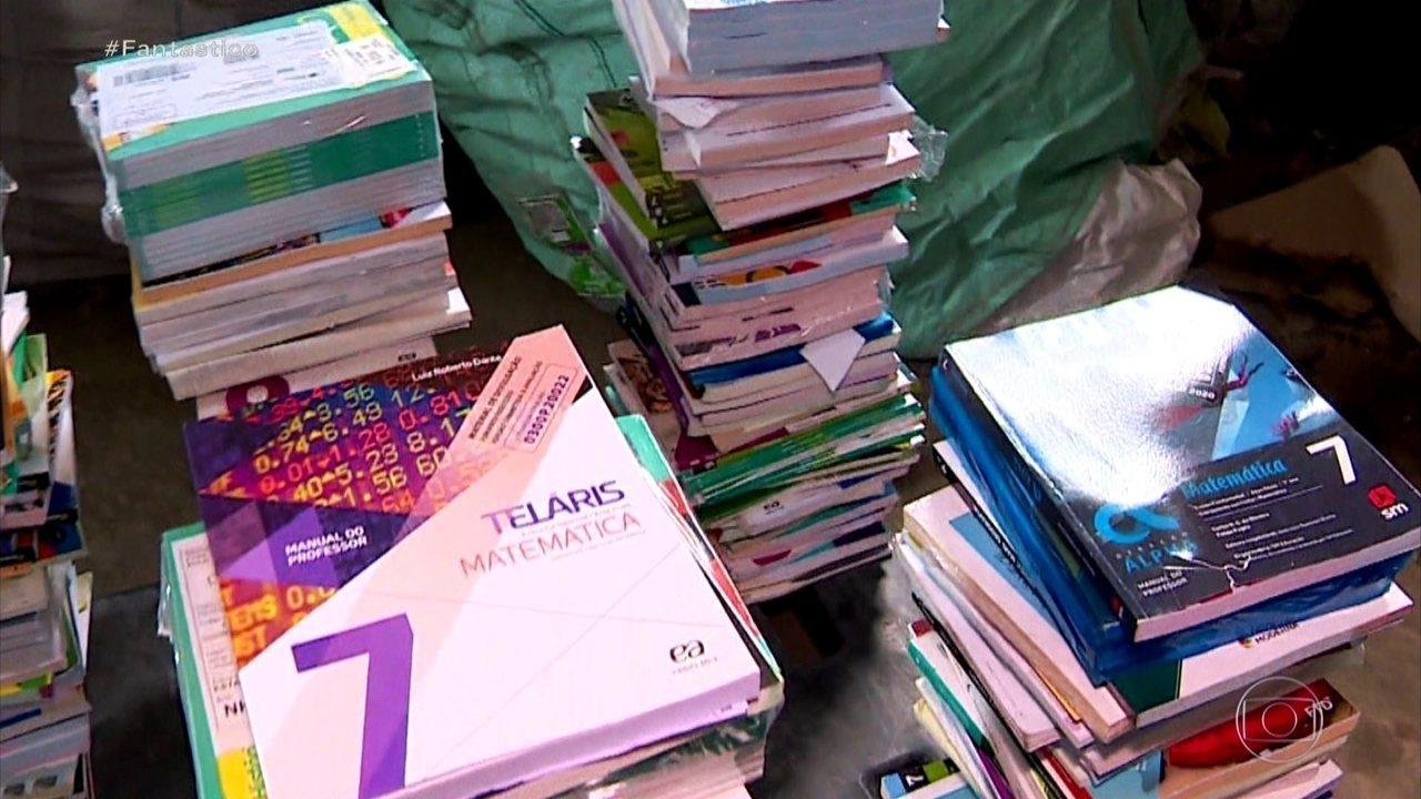 Denúncia: livros didáticos novos estão virando lixo e até papel higiênico em escolas do RS