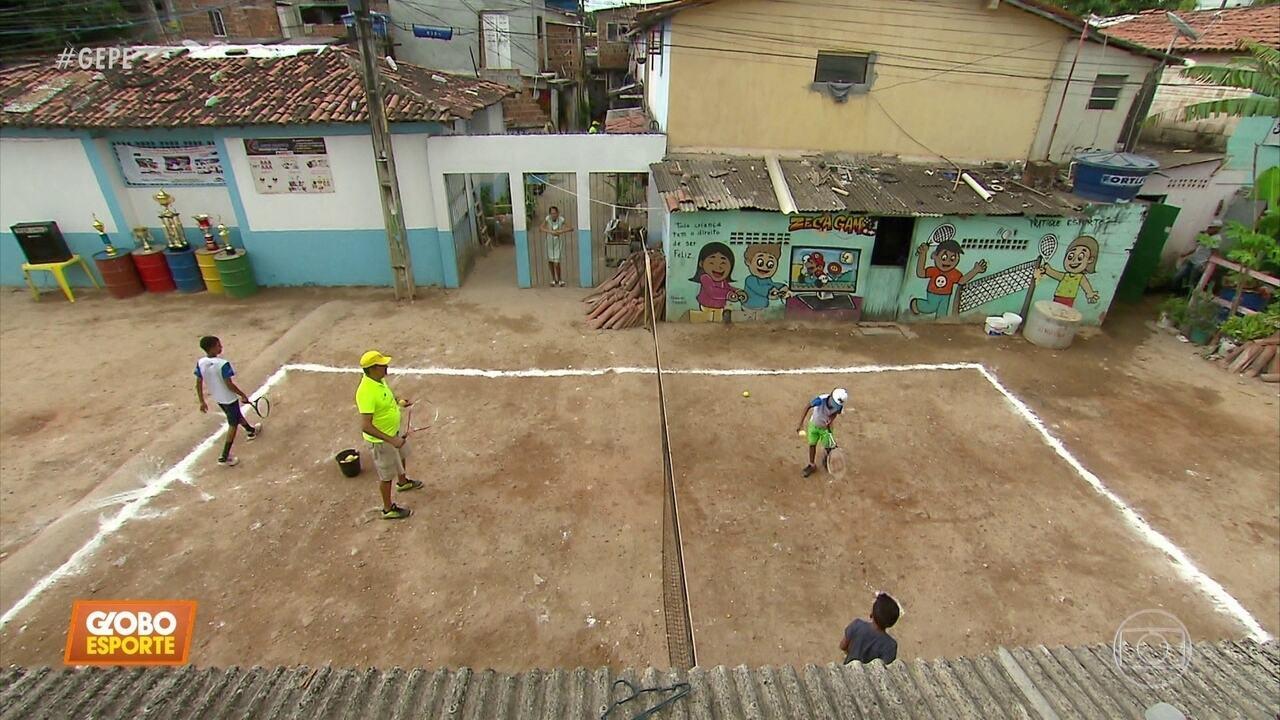Projeto leva tênis à periferia do Recife