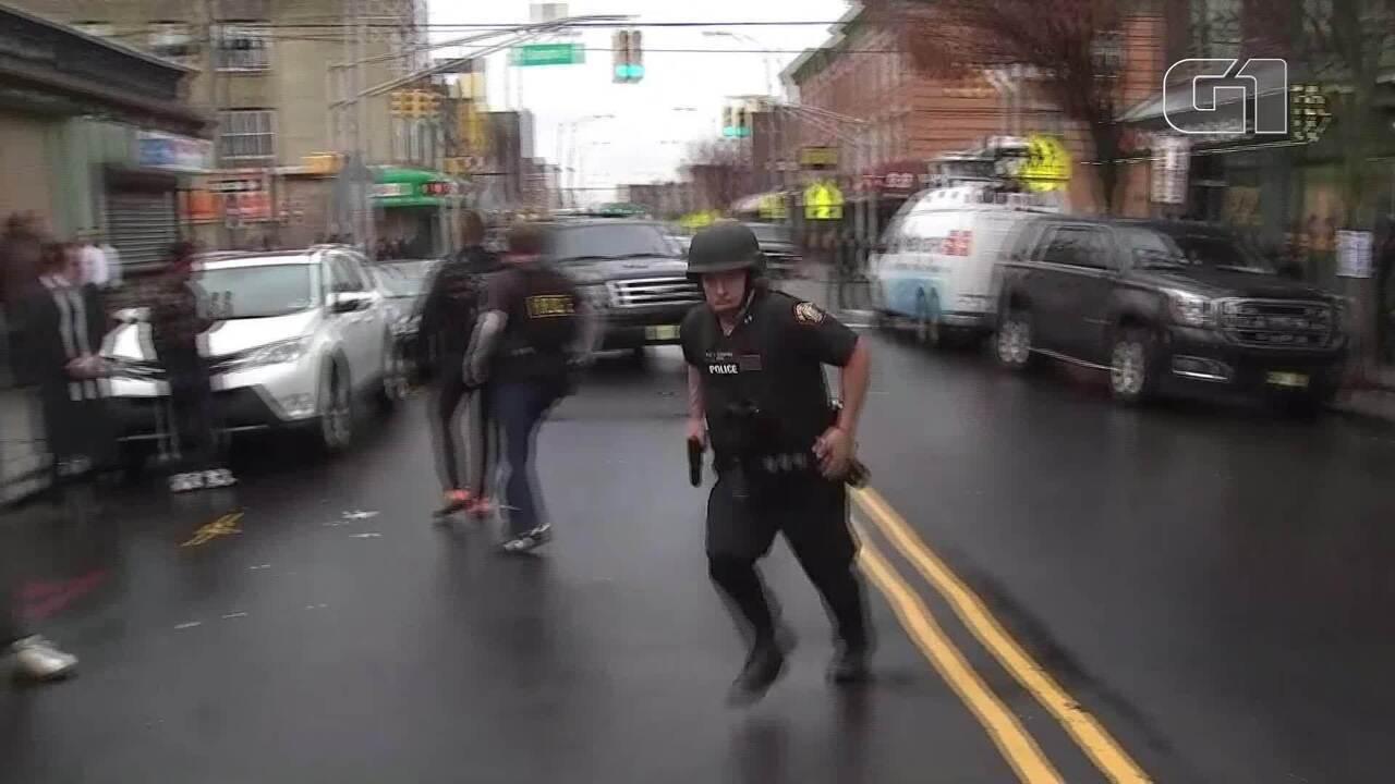 Tiroteio em mercado nos EUA deixa mortos, entre eles um policial