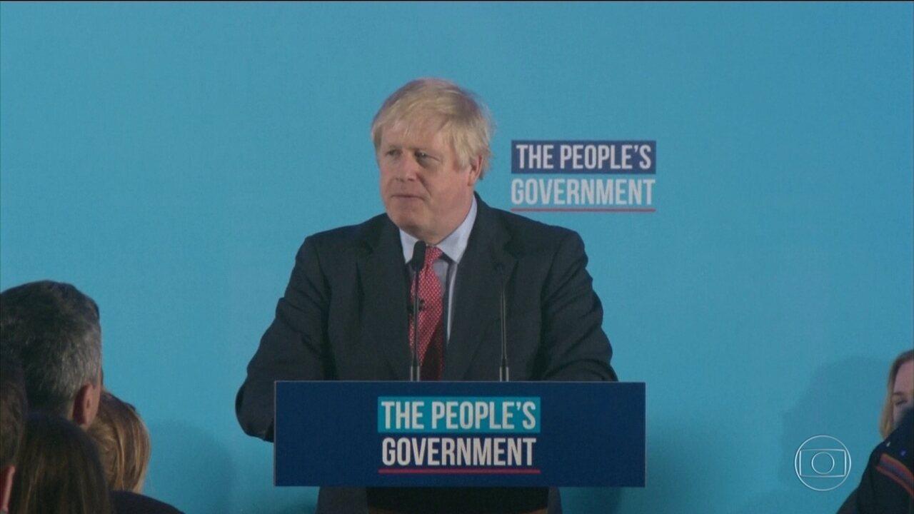 Partido do primeiro-ministro Boris Johnson conquista vitória ampla na eleição geral