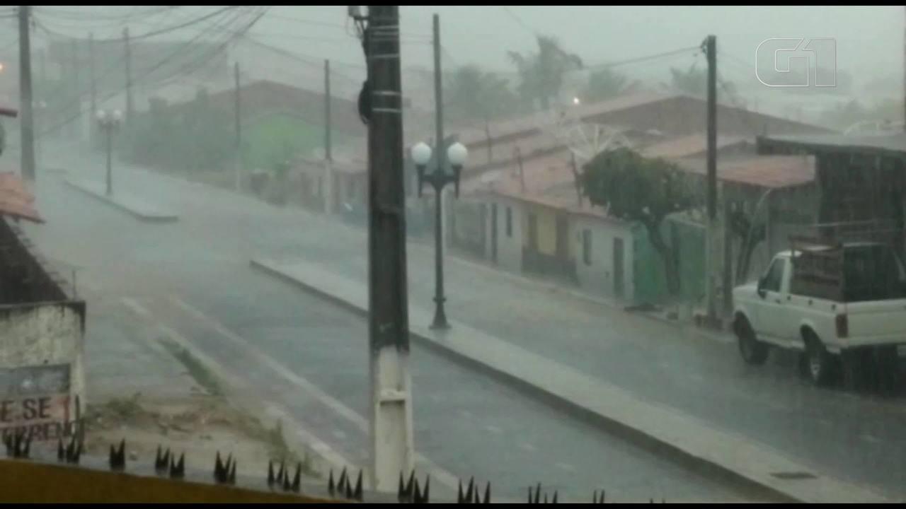 Chuva em Uruoca no Ceará