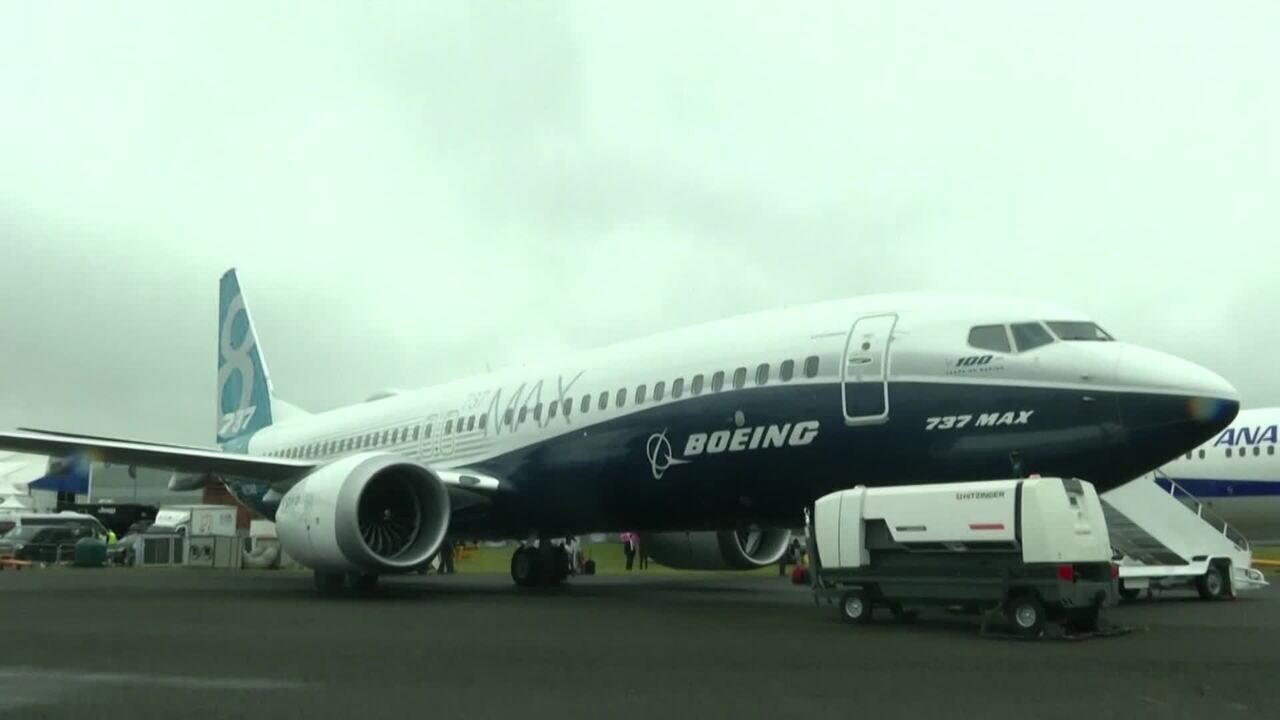 Boeing vai suspender produção do 737 Max em janeiro