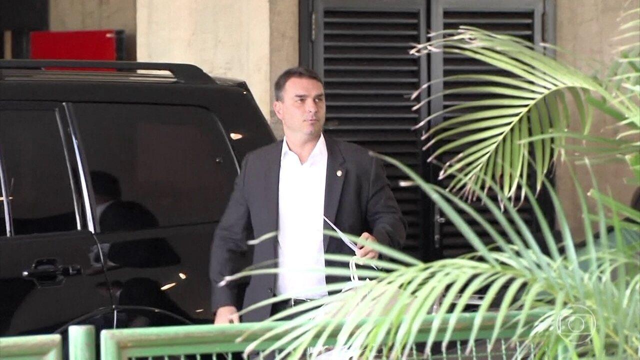 MP do Rio descreve esquema de 'rachadinha' no gabinete de Flávio Bolsonaro