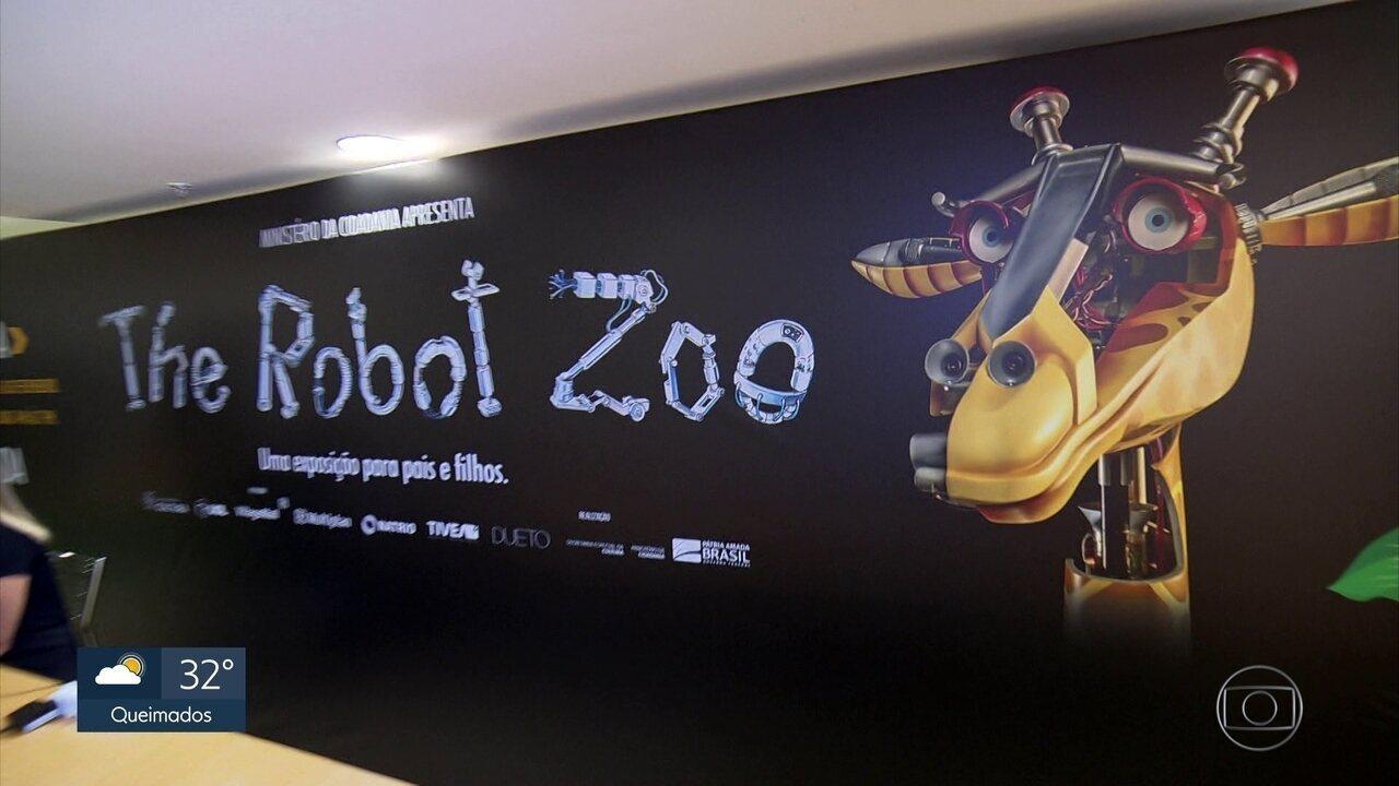 Programão apresenta uma exposição de animais robôs.