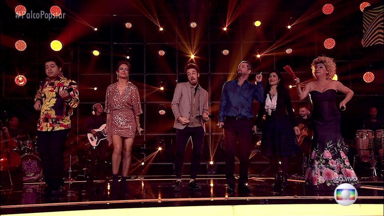 João Côrtes e os participantes da edição cantam e encantam no palco do 'PopStar'