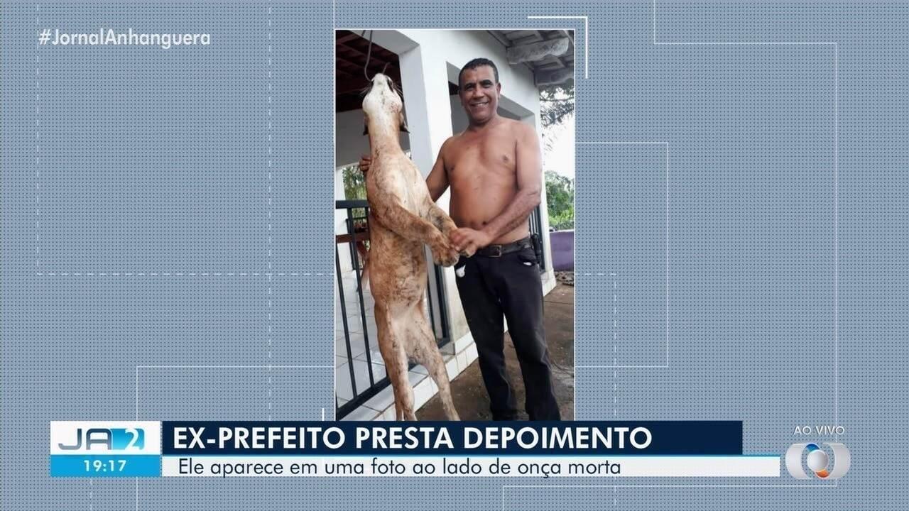 Ex-prefeito disse à polícia que encontrou a onça morta e errou ao ter tirado a foto