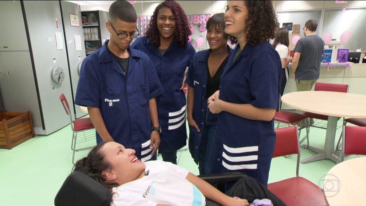 Resultado de imagem para No Rio, estudantes dão lição de empatia e inclusão