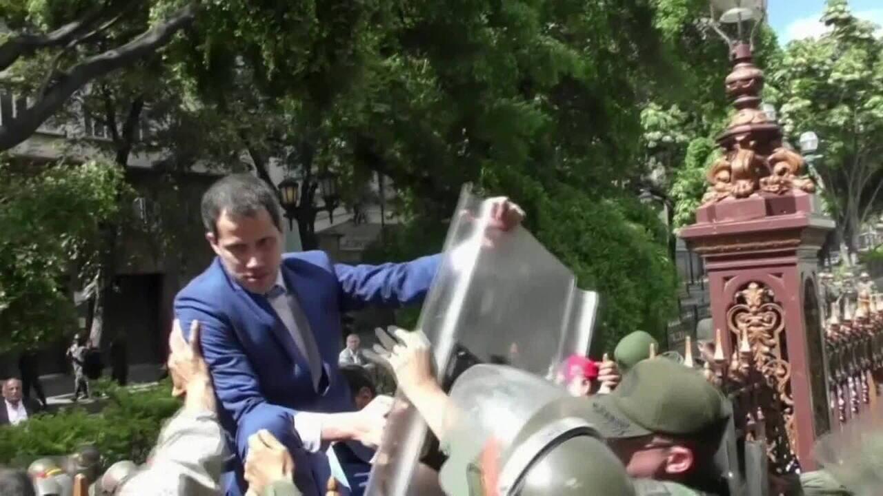 Guaidó é reeleito presidente da Assembleia Nacional da Venezuela