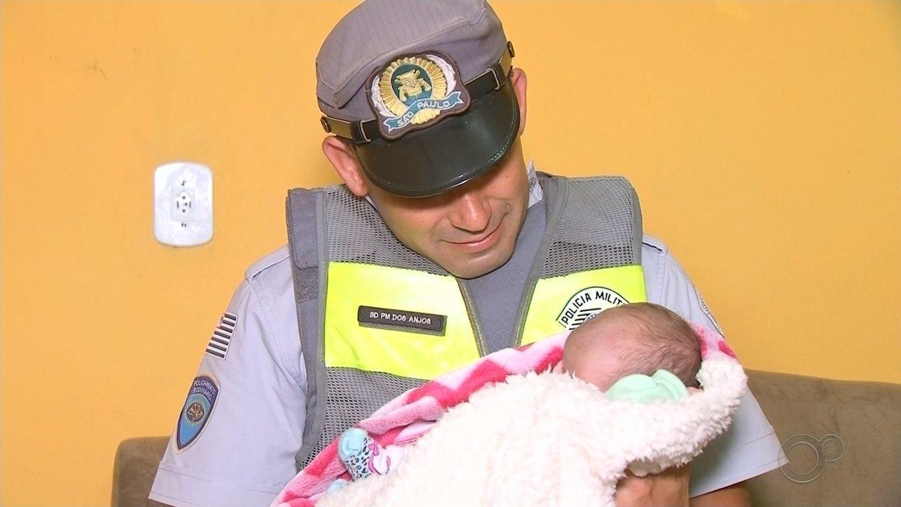Policiais de Itapetininga prestam socorro a bebê engasgado