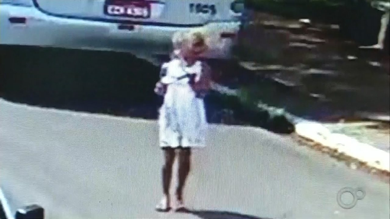 Menina de 8 anos que sumiu após brincar em praça é achada morta na área rural de Chavantes