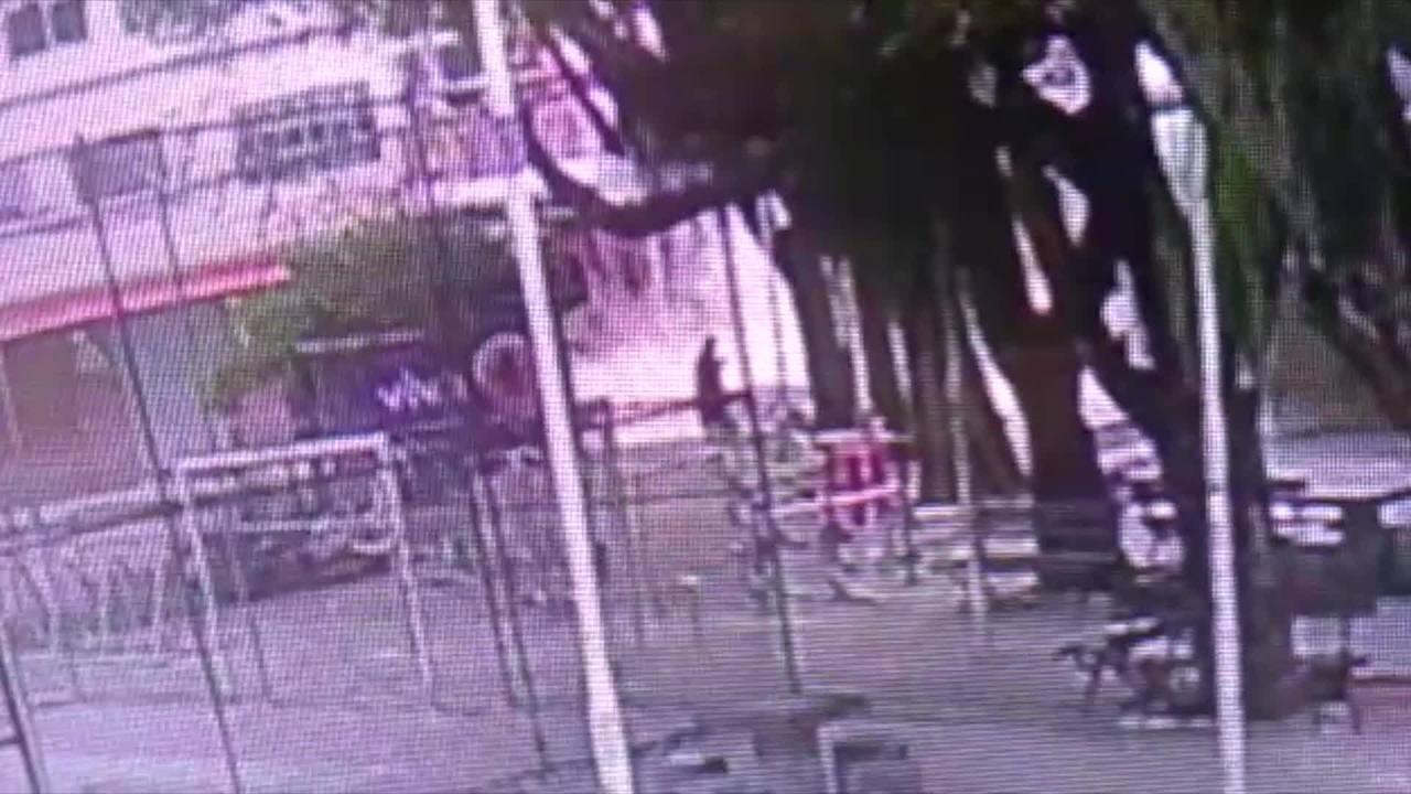 Vídeo mostra o momento do desabamento do prédio no Centro de Vitória