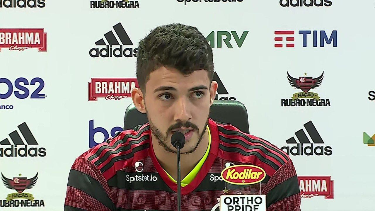 """Gustavo Henrique é apresentado oficialmente no Flamengo e diz """"vim buscar os títulos"""""""