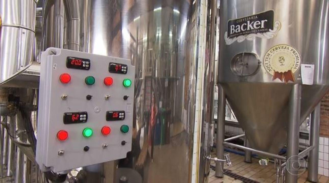 Contaminação da cerveja: Fantástico entra na Backer, responsável pela fabricação da bebida