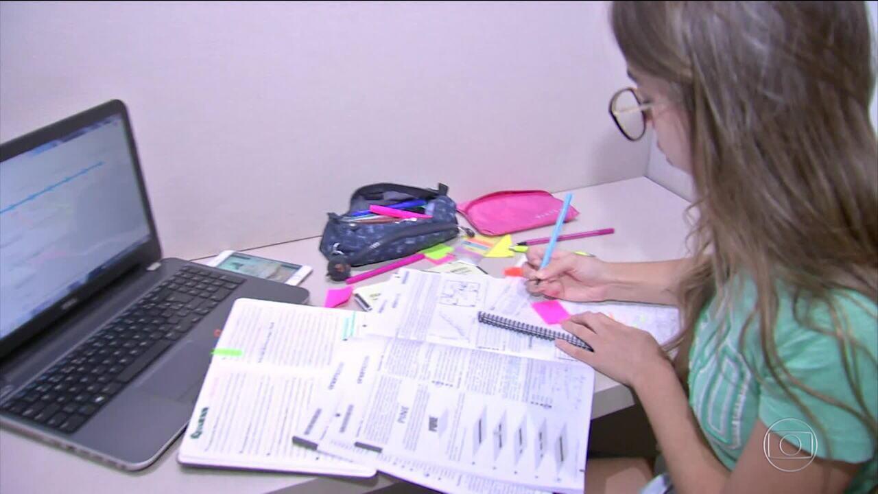 Correção das notas do Enem traz alívio a milhares de estudantes