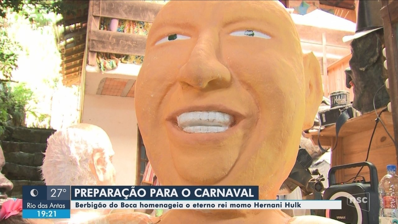 Foliões já se preparam para o carnaval do Berbigão do Boca, em Florianópolis
