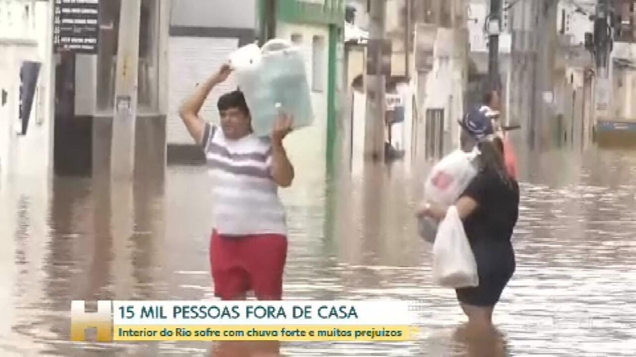Chuvas no RJ deixam Itaperuna, no interior do estado, com muitos estragos