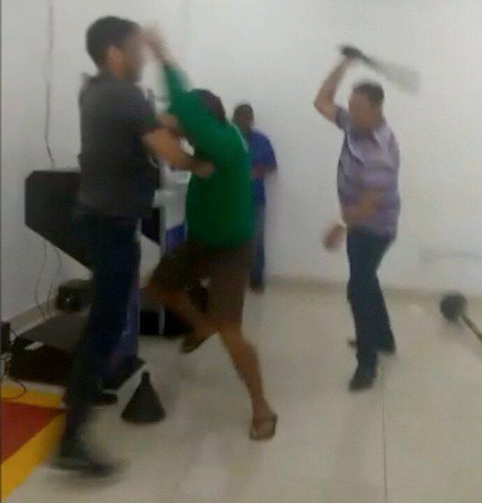 Três homens se envolvem em confusão na fila do Detran de Picos