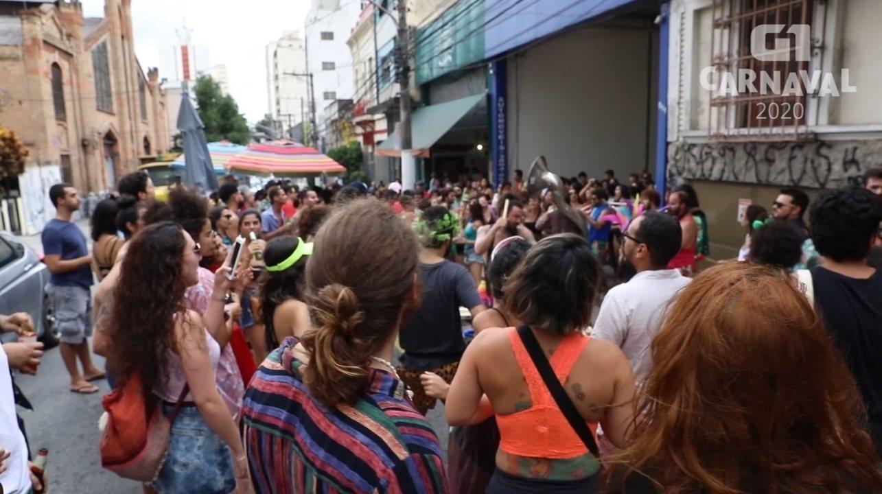 Foliões dão dicas para evitar perrengues no carnaval