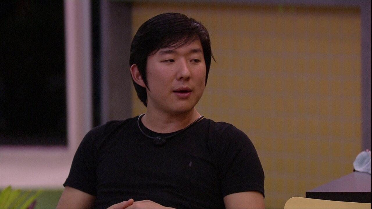 Pyong sobre Hadson: 'Ele quer ser o malandrão'