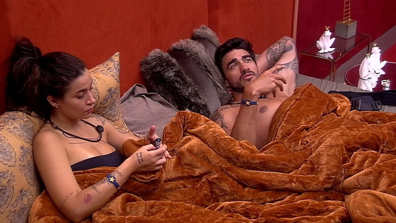 Guilherme fala para Bianca: 'Estou torcendo para o Hadson ficar'