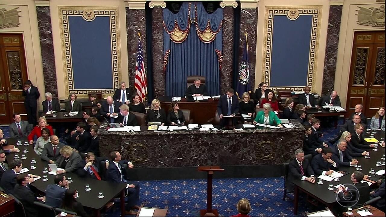 Donald Trump é absolvido pelo Senado americano no julgamento de impeachment