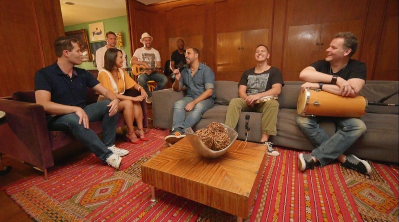 Pedro Leonardo e Cris Ikeda conversam a banda Inimigos da HP