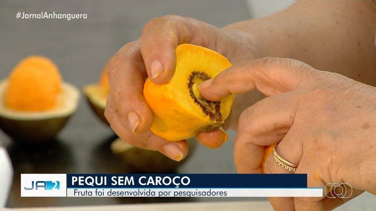 Pesquisadores criam pequi sem espinhos em Goiás