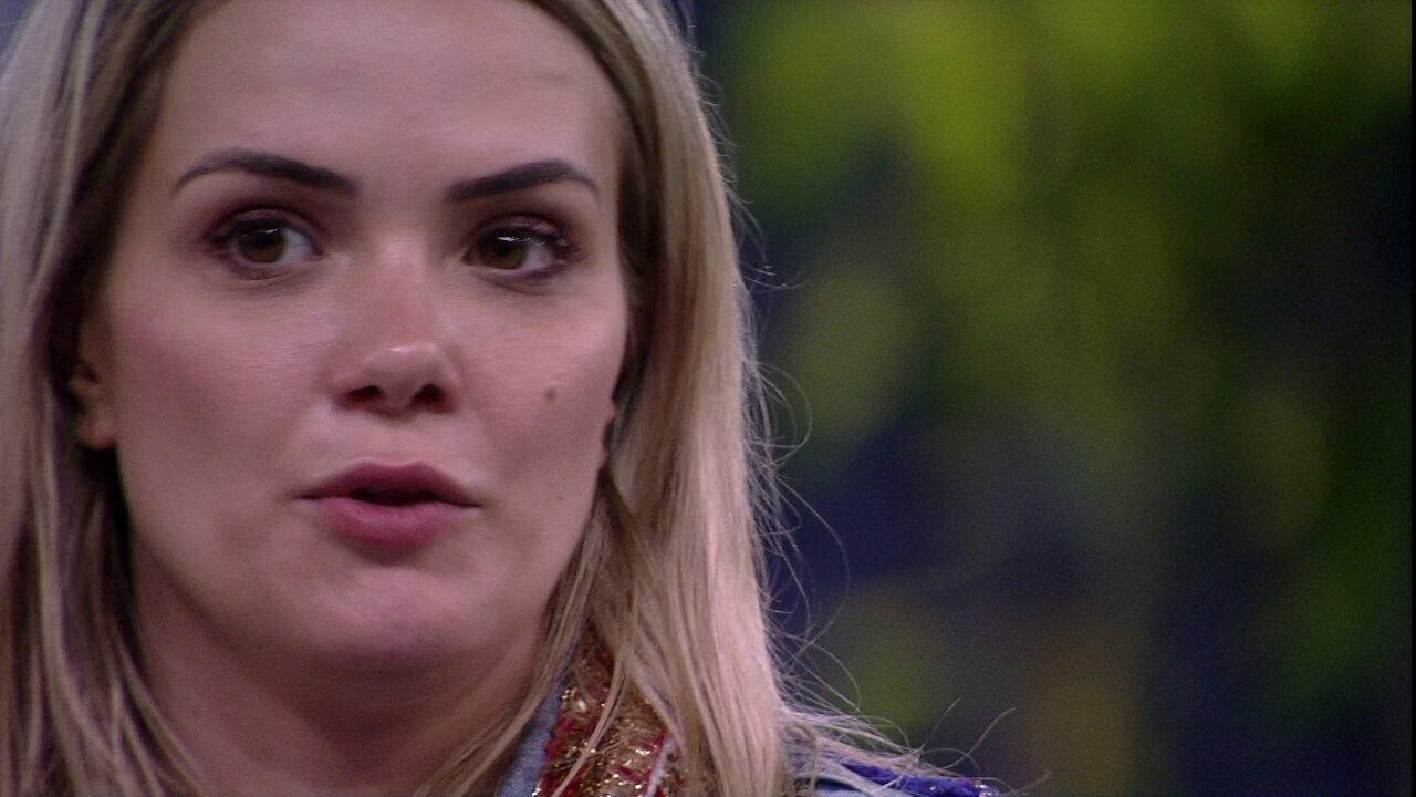 Marcela dispara: 'Fiquei muito feliz com o Felipe'