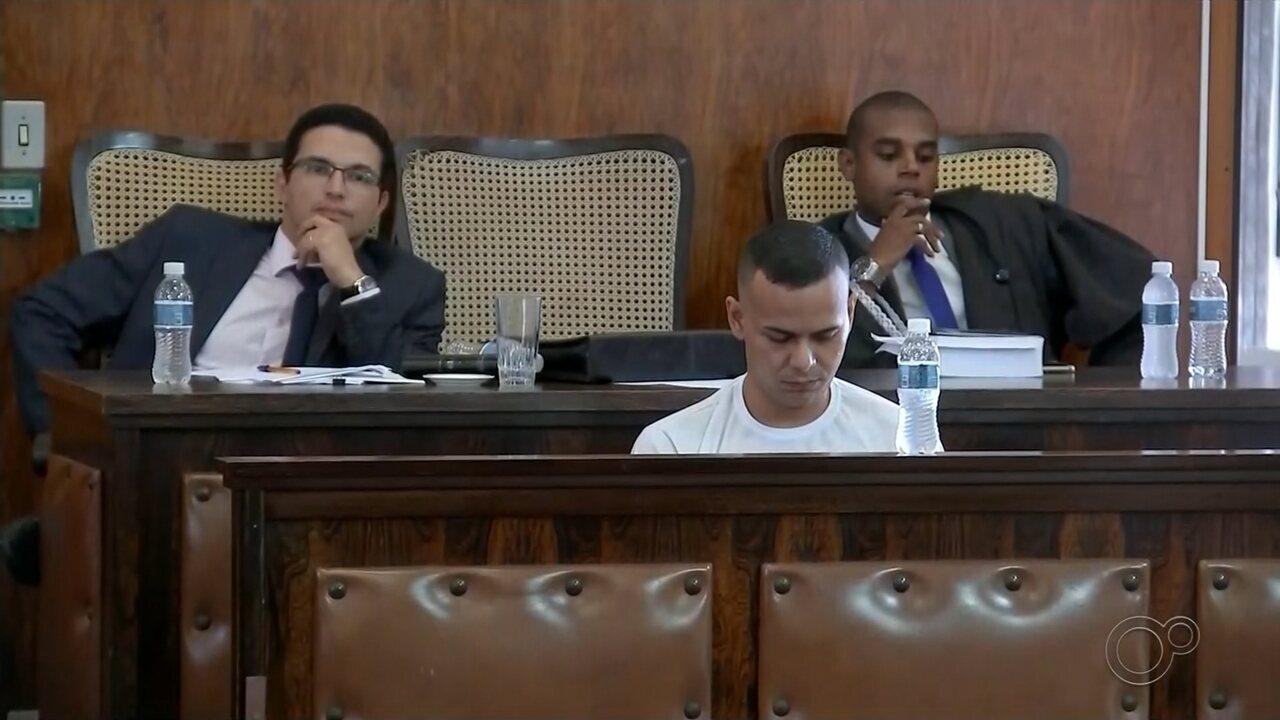 Rapaz acusado de matar tio atropelado é condenado a 12 anos de prisão